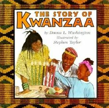 USED (GD) The Story of Kwanzaa (Trophy Picture Books (Paperback)) by Donna L. Wa