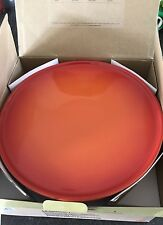 Le Creuset Stoneware 30cm pagano CAKE STAND-VULCANICA (Nuovo con Scatola)