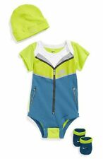 New Nike 3 Piece Infant boy Set 0-6 Mom Bright Green windrunner, booties & cap!