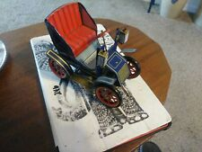 Vintage Lever Action Tin Wind Up Toy Car, Modern Toys Japan