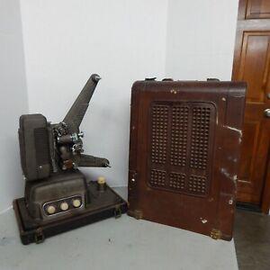 Revere S-16 Sound 16mm Movie Projector Vintage Built in Speaker in Case