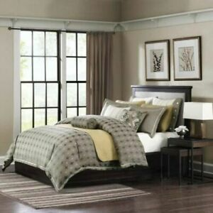 Hampton Hill Bedroom Ensembles Flyer Queen 8 Piece  Retail Price: $750