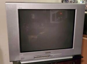 "Sony Trinitron WEGA KV-27FS120 27"" CRT Color TV No Remote Best Retro Gaming"
