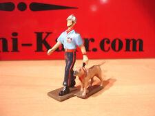 CBG MIGNOT POMPIER DE PARIS maitre chien DEFILE  figurine plomb lead toy soldier