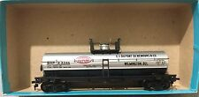 ATHEARN 1553 40' CHEMICAL TANK DUPONT  CHEMICAL HO KIT