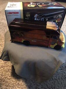 Action NASCAR Chrome UPS Van 1:32 Scale