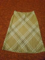 Brooks Brothers Womens beige Plaid A-Line Skirt Size 6 PRE-OWNED silk lined a6