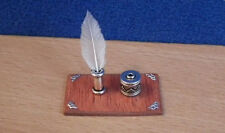 1/12, dolls house miniature Handmade Feather Quill Ink Well & Pounce Plinth LGW