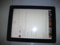 Apple iPad 4th Gen. 16GB, Wi-Fi + Cellular(Unlocked),9.7in -Black**WITH CRACK**