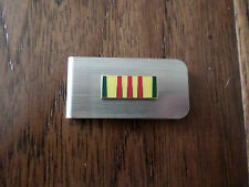U.S MILITARY VIETNAM SERVICE BADGE MONEY CLIP ARMY NAVY MARINE CORPS AIR FORCE