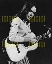 Photo - Joan Baez performs