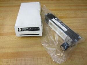 Matheson Tri-Gas MJ13A101J805 Flowmeter FM-1000