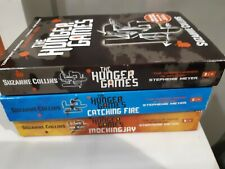 """Collins, Suzanne : """"hunger games"""" trilogy collection set paperback x 3"""