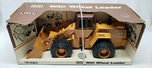Case W30 Wheel Loader Construction By Ertl 1/16 Scale USA