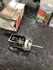 nos 1980 lincoln headlamp switch E0VY-11654-A