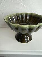 VTG HULL USA POTTERY Mid Century Green Drip Scalloped Pedestal Candy Dish FG5