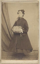 CDV PORTRAIT OF YOUNG WOMAN IN GREAT HAT   LARGE MUFF - NEW HOLLAND, PA