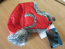 chapka rouge poivre balnc taille 4 (55-56 cm) neuve avec étiquette