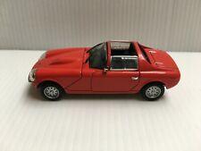 Universal Hobbies Renault 4 Sovam 850 VS 1966 sans boîte 1/43 Voiture Presse