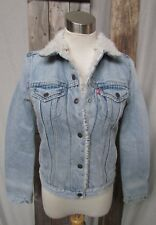 NEW LEVI'S DISTRESSED LIGHT WASH DENIM JACKET WITH FLEECE SHERPA LINING SZ XS