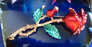 Brooch Pin Flower Rose Red Gold with Crystals
