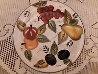 "ONEIDA VINTAGE FRUIT HAND PAINTED 1O-1/2"" DINNER PLATE MINT CONDITION! BEAUTIFUL"