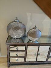 decorative vases/jars