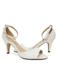 Women's White Faux Patent Ankle Strap Kitten Heel Dress Sandal TUPPER Sz 8.5