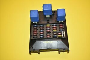 01 02 03 04 Nissan Pathfinder Fuse Relay Box Junction Block OEM