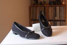 "Munro American Juliet Black Stretch Fabric 1 "" Heel Pumps SZ 8.5 M Made In USA"