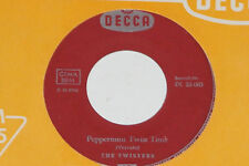 """THE TWISTERS -Peppermint Twist Time / Silly Chili- 7"""" 45 Decca Records"""