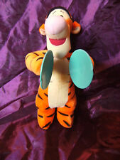 "Fisher Price Disney Singing cybol jouant 11"" Tigrou jouet doux"