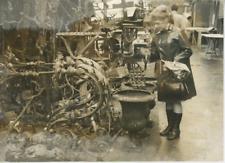 Paris, le marché Malik à Saint-Ouen Vintage silver print Tirage argentique