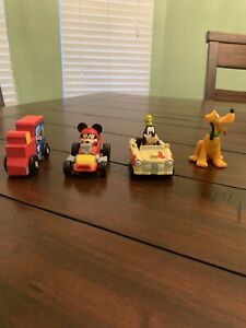 Disney Junior Mickey And The Roadster Racers Toys. Goofy And Mickey Plus Bonus