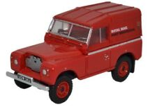 Voitures, camions et fourgons miniatures Serie 1 pour Land Rover