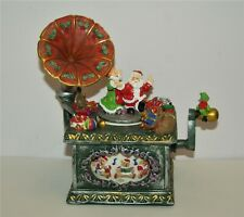 "Christmas Music Box Plays ""Jingle Bell Rock"""