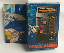 MATTEL Electronics Vintage BATTLESTAR GALACTICA Hand Held SPACE ALERT Game Boxed