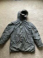 US Military,Extreme Cold Weather N-3B Snorkel Parka Jacket Coat, Medium