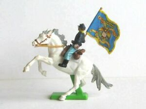 1 x BRITAINS DEETAIL TOYS. 1971 ACW UNION CAVALRY TROOPER. 1/32 SOLDIER.