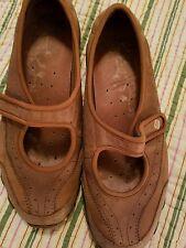 sketcher shoes size 9