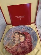 Hibel Collector Plate Lucia & Child 1977 Royal Doulton With Box And Booklet