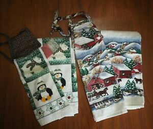 Lot of 4 Vintage Christmas Penguin Sleigh Horses Barn Kitchen Hand Towels