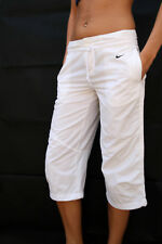 NIKE WOMENS LOOSE FIT WHITE CAPRI 3/4 SHORTS SPORT XS UK6/8 Gym JOG NICE
