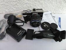 Olympus E-PL1 Digital Cámara + Zuiko PEN Lente Zoom 14-42mm Y Accesorios-En muy buena condición +