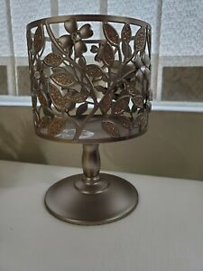 BATH & BODY WORKS PEWTER DOGWOOD FLOWER 3 WICK CANDLE PEDESTAL HOLDER NEW!