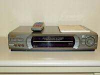 Sharp VC-FH3GM Videorecorder inkl. FB&BDA, 2 Jahre Garantie