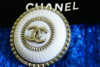 One Auth  Chanel button 1 pieces   metal cc  0,8 inch 22 mm  ❤👍💋cc