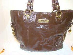 Genuine Women's Pre-Owned Brown Coach Bag.