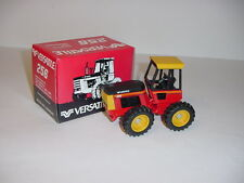 1/32 Vintage Versatile 256 Tractor by Scale Models NIB!