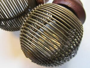 COPPER WIRE VINTAGE 2 DOOR KNOBS 2 INCH ROUND WOOD BASE ANTIQUE